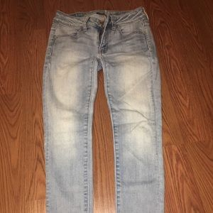 american eagle super stretch light wash jeans